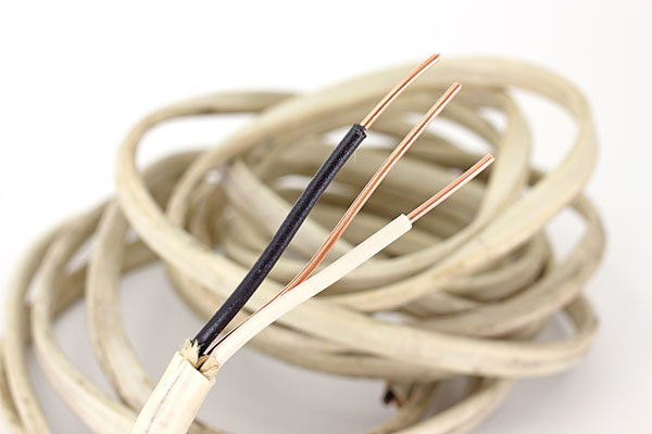 Опасность старой электропроводки