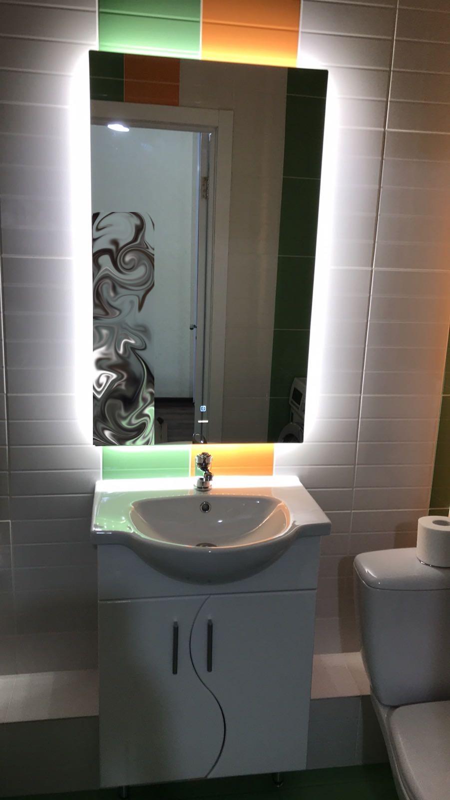 Установка подсветки зеркала в ванной комнате в Самаре